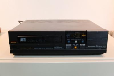 DSCF8021 (400x266).jpg